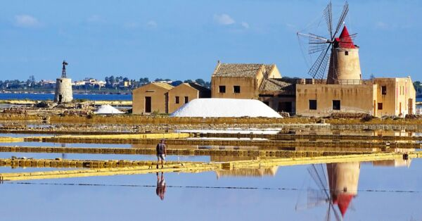 SALTERNS, MILLS AND WINERIES IN MARSALA